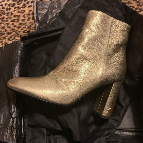 8dea056839 Gold Lou Lou YSL Saint Laurent boots NWT